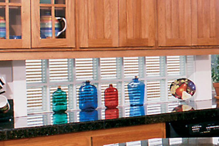 glass-block-backsplash