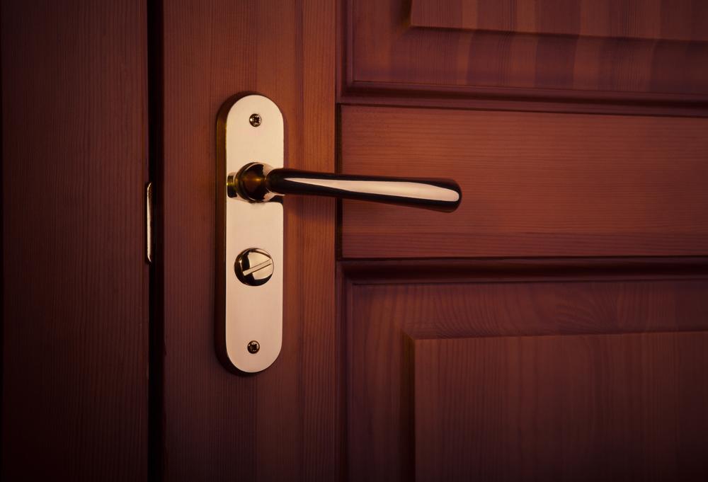 Benefits of solid wood doors