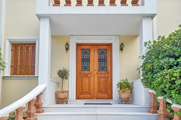 Choosing exterior doors